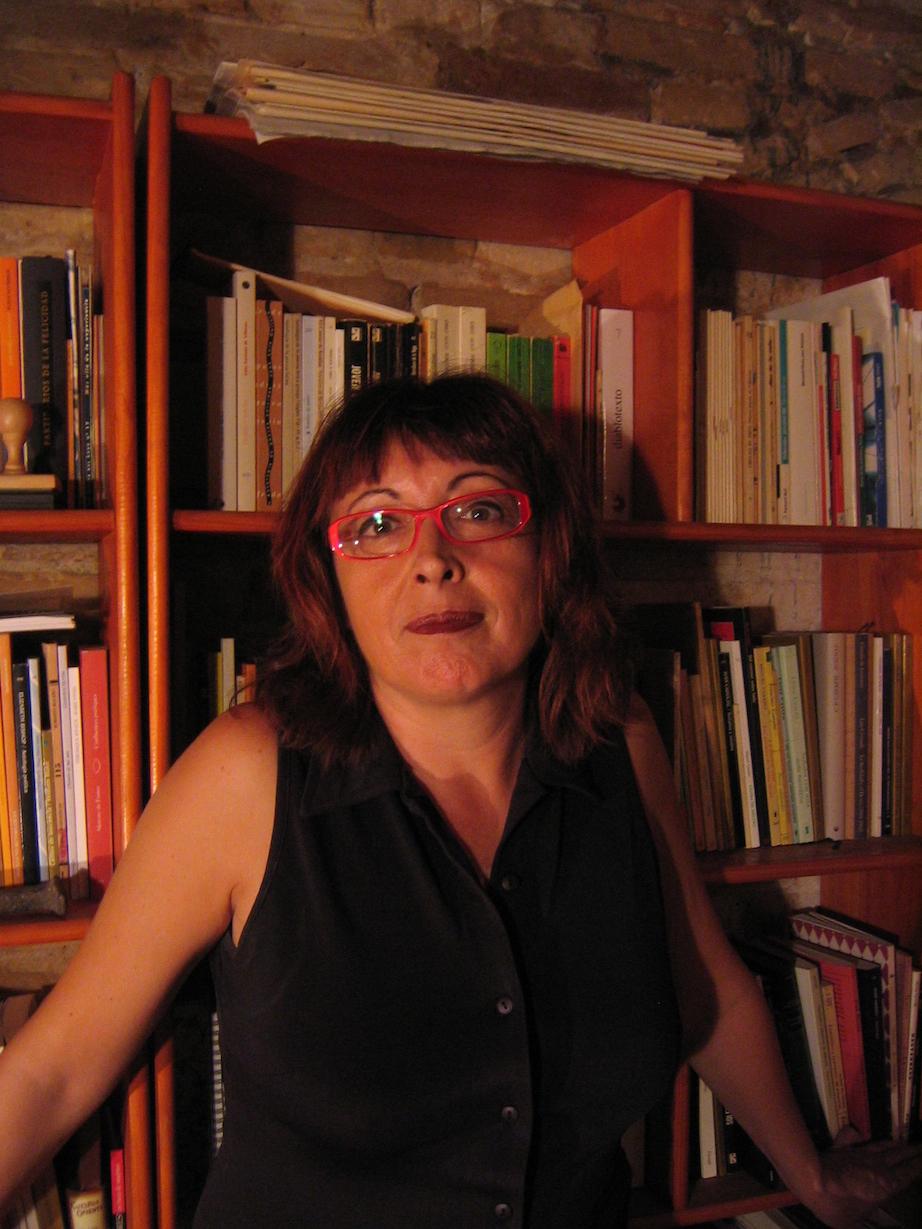 Lola Andres. Uno y Cero Ediciones